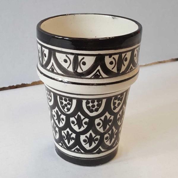 Marokkanische Keramik Tasse Sakina schwarz weiss