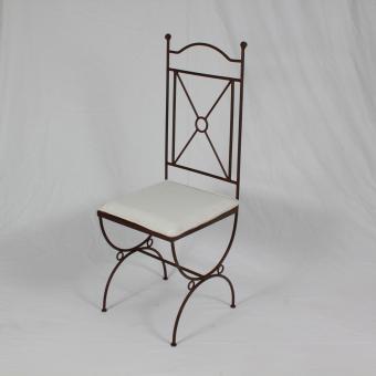 Eisen Stuhl Menara
