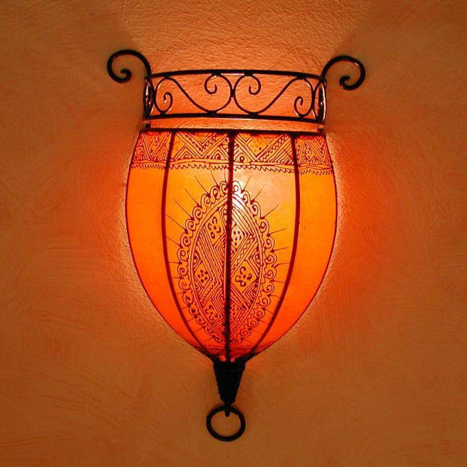 Henna-Leder-Wandlampe Nakous Orange